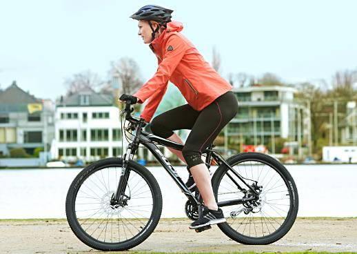 Mountainbiken mit Maria Höfl-Riesch
