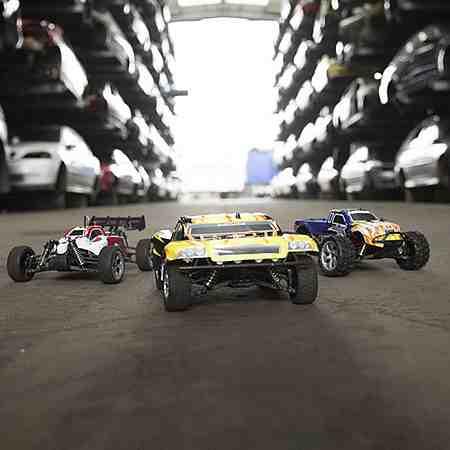 Spielfahrzeuge: Ferngesteuerte Fahrzeuge: RC Auto