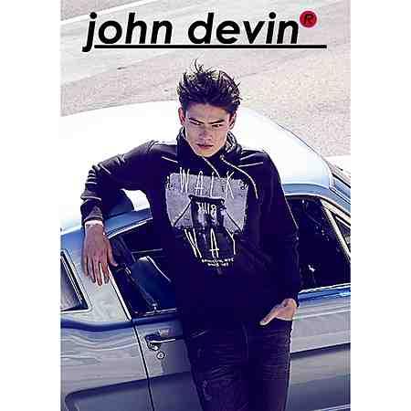 Zum Markenshop von John Devin