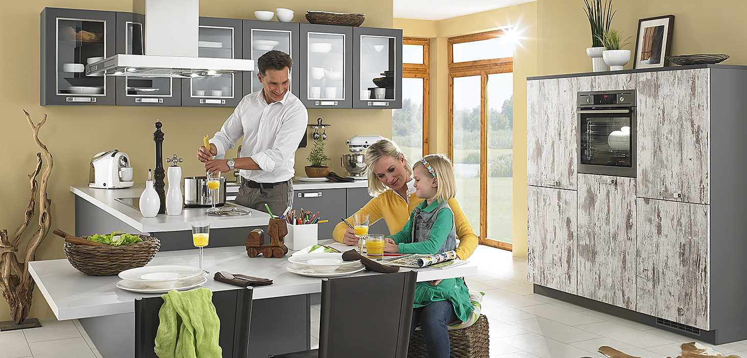 Eckküche Used in Lava Seidenmatt und Used Wood Nachbildung