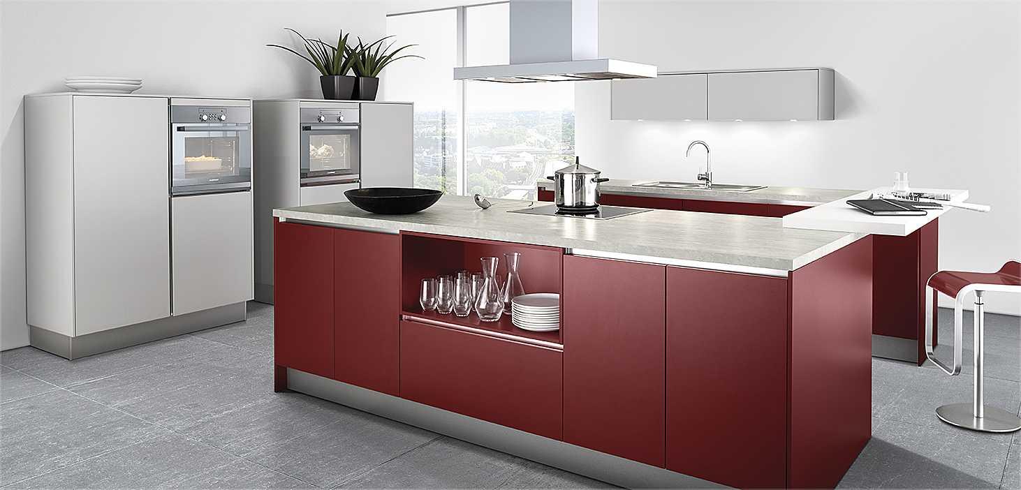 Designküche Red Deluxe in Orientrot und Weiß