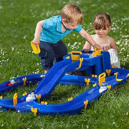 Outdoorspielzeug: Wasserspielzeug: Wasserbahn