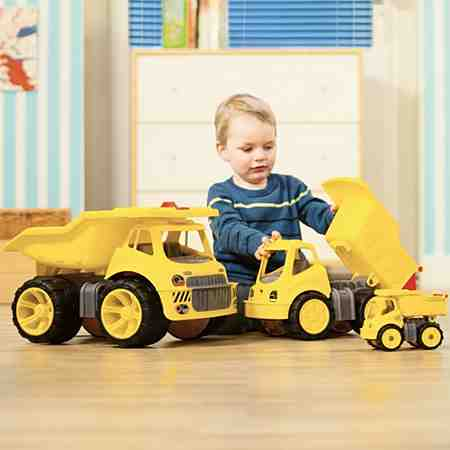Spielfahrzeuge: Spielzeugautos