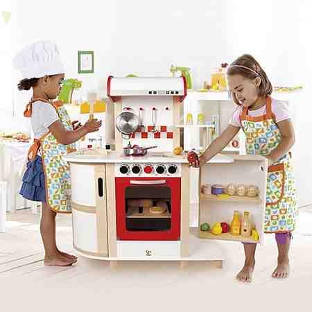 Kinderrollenspiele: Kinderküchen