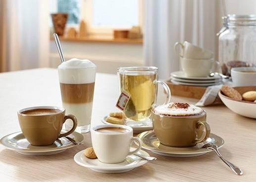 Miele Kaffeevollatuomat verschiedene Heißgetränke