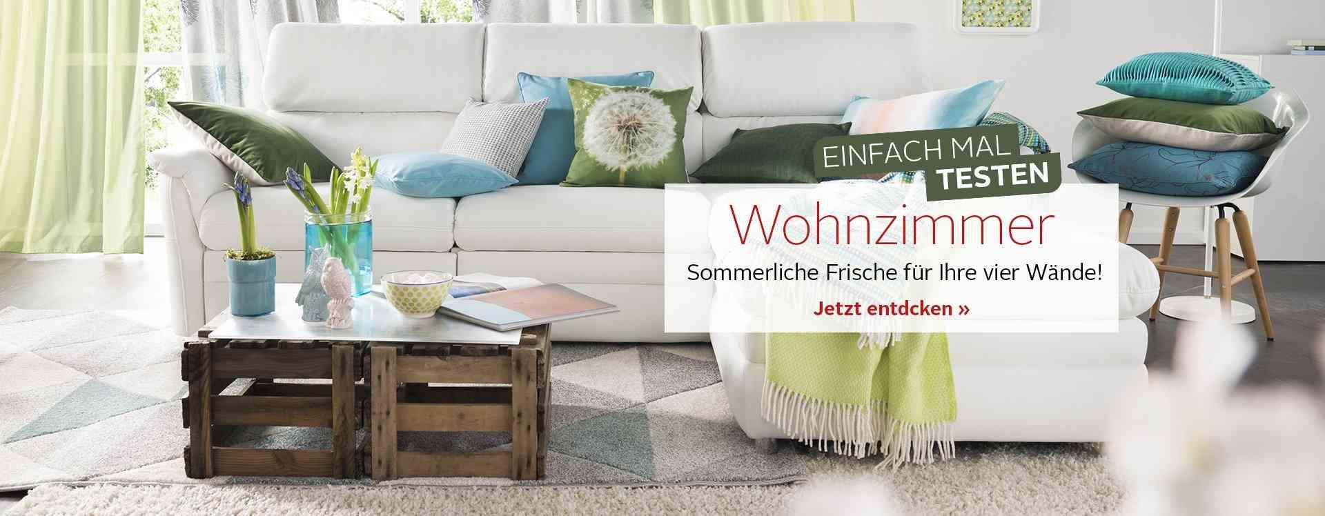 Entdecken Sie eine große Auswahl von Heimtextilien für Ihr Wohnzimmer - von Gardinen & Vorhängen über Teppiche bis hin zu Kissen und Wolldecken!