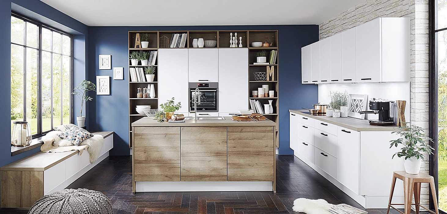 Landhausküche Helsinki in Weiß
