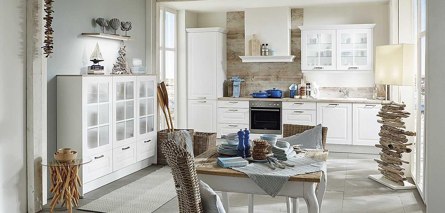 Landhausküche Sylt in Weiß