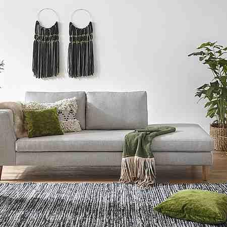 Möbel: Sofas & Couches: Recamieren