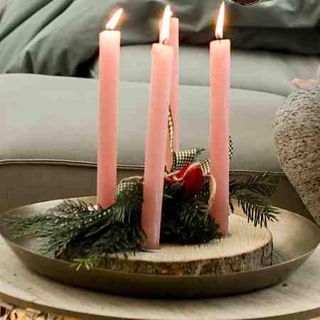Weihnachtsdekoration: Adventskränze