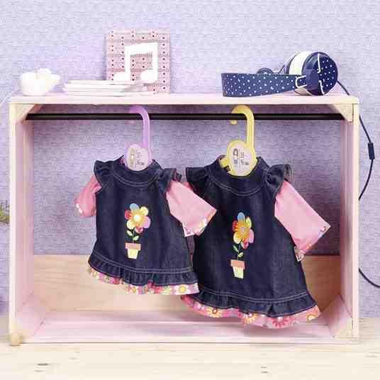 Babypuppen-Kleidung