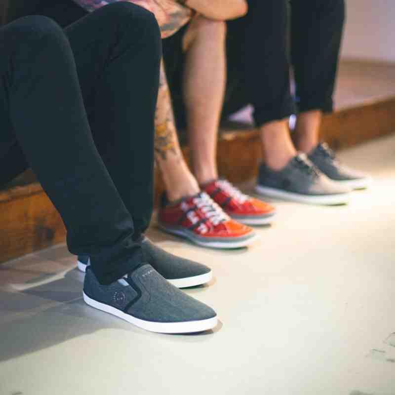 bugatti: Schuhe