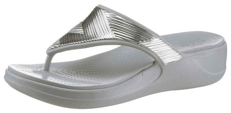Crocs »Monterey Metallic« Badesandale im Metallic Look