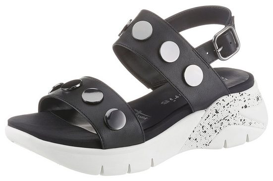Tamaris »Mata« Sandale mit auffälligen Nieten verziert