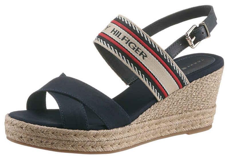 Tommy Hilfiger »TH ARTISANAL MID WEDGE SANDAL« Sandalette mit verstellbarem Fesselriemchen