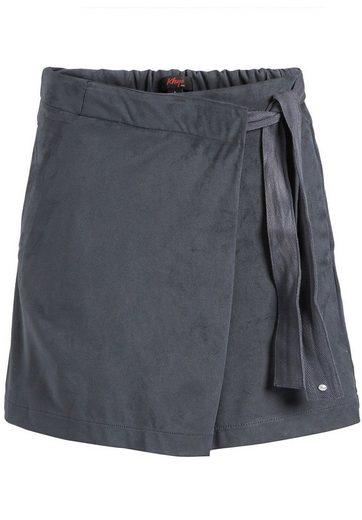 khujo Shorts »MAUREEN« (1-tlg) in Wickeloptik