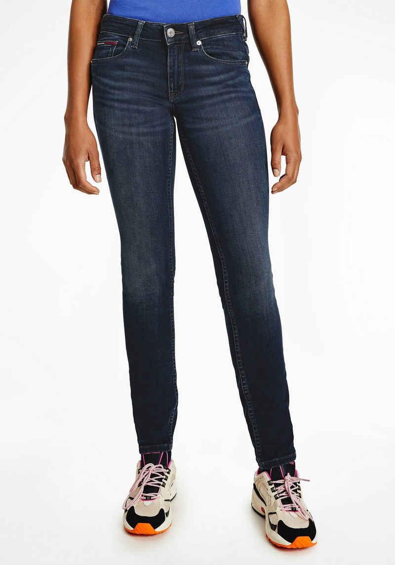 Tommy Jeans Skinny-fit-Jeans »SOPHIE LR SKNY BE163 BBKST« mit leichten Faded-out Effekten & Tommy Jeans Logo-Badge