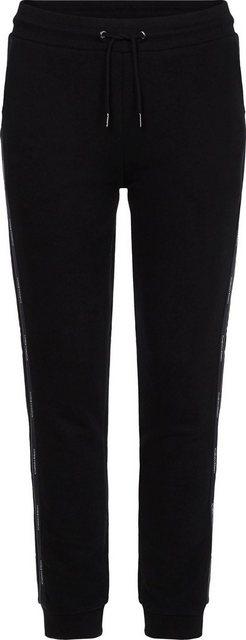 Hosen - Calvin Klein Jogger Pants »LOGO TAPE JOGGER« mit Clavin Klein Logo Schriftzügen seitlich am Bein › schwarz  - Onlineshop OTTO