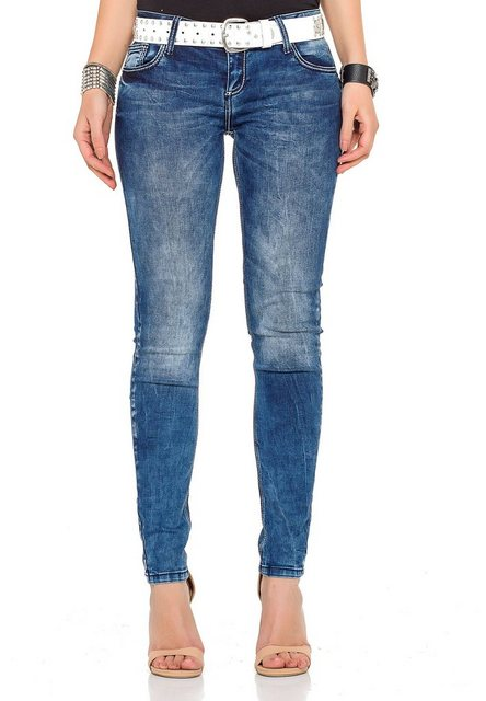 Hosen - Cipo Baxx Bequeme Jeans in tollem Design › weiß  - Onlineshop OTTO