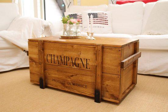 "Uncle Joe´s Truhentisch »""Champagne""«  im Vintage-Look"