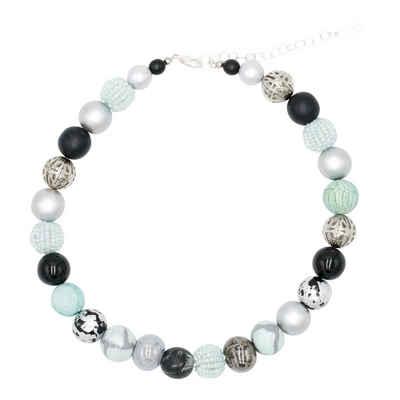 Stephisimo Perlenkette »Black Mint« (inkl. Organza Beutel), 45 cm lang, Made in Germany, Halskette für Damen, mit Glas- und Keramikperlen