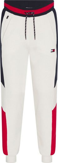 TOMMY HILFIGER SPORT Jogginghose »COLORBLOCKED CUFFED PANT« mit modischen Kontrastdetails & Tommy Sport Flag