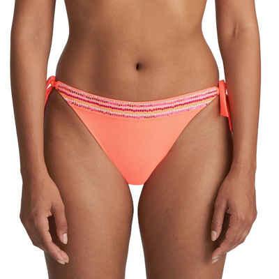 Marie Jo Bikini-Hose »Isaura Bikini Hüftslip mit Schnüren«, Sommerlicher Farbton, Details aus Pailletten und Stickerei, Bänder an den Seiten