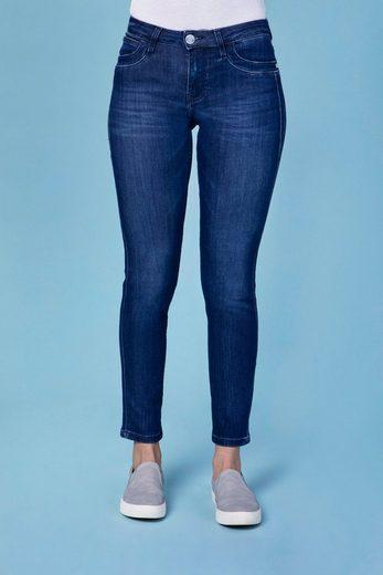 BLUE FIRE Slim-fit-Jeans »Nancy« in angesagten Slim Fit-Schnitt