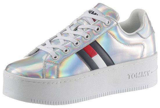 Tommy Jeans »FULLY IRIDESCENT IRONIC SNEAKER« Plateausneaker mit modischer Plateausohle