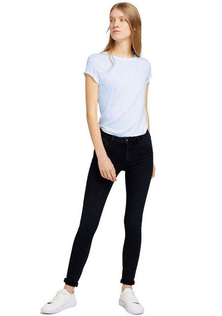Artikel klicken und genauer betrachten! - Zeit für ein neues Outfit! Frische Styles zu kombinieren wird mit der Skinny-fit-Jeans von TOM TAILOR ganz einfach. Die schmale Passform der Jeans schmiegt sich eng an und betont deine Beine. Eine gute Grundlage also für alle, die auf der Suche nach neuen Outfits sind.  Das Baumwollstretch-Material der Denim passt sich gut an und ist sehr bequem, auch wenn du mal etwas länger unterwegs bist. | im Online Shop kaufen