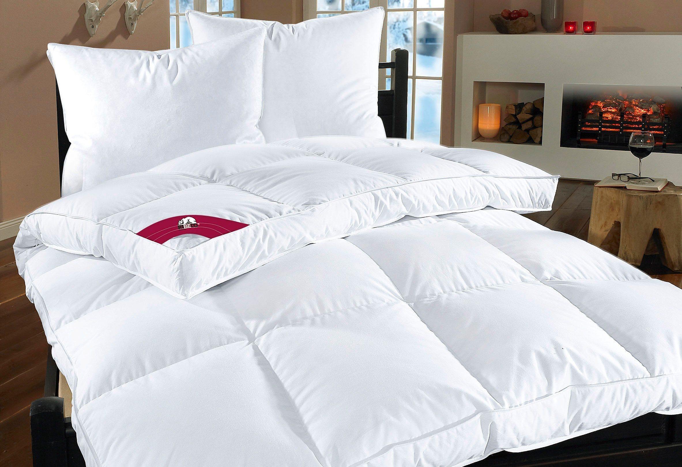 Federbettdecke, »extra prall«, RIBECO, extrawarm, Bezug: 100% Baumwolle, (1-tlg), Extra hoher Außensteg für viel Volumen | Heimtextilien > Decken und Kissen > Bettdecken | Weiß | Federn - Baumwolle | RIBECO
