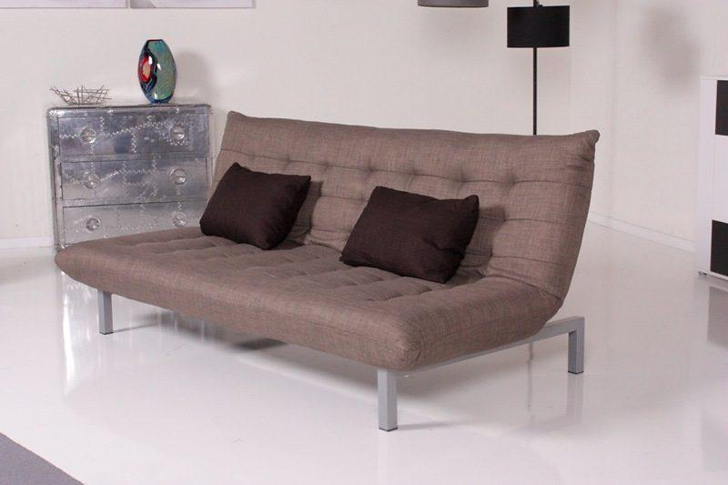 Kasper-Wohndesign Relax Schlafsofa graubraun mit dunkelbraunen Kissen »KAWOLA«