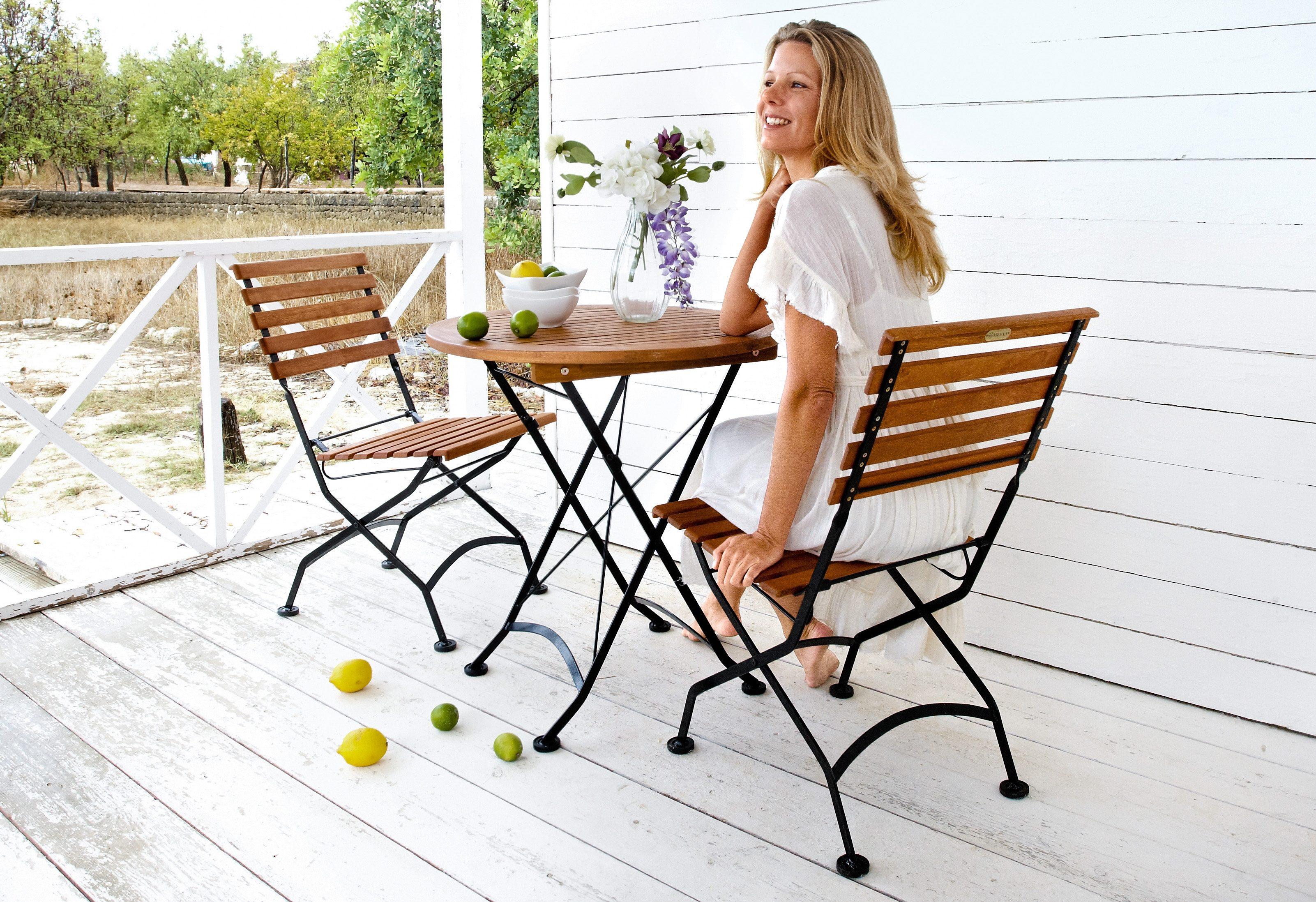 3-tgl. Gartenmöbelset »Schlossgarten«, 2 Stühle, Tisch Ø 70 cm,Stahl/Eukalyptusholz, klappbar