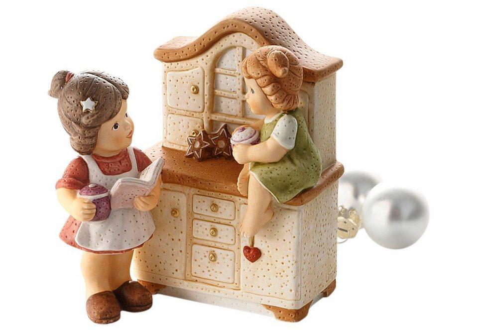 Sammlerfigur, »In der Küche wird gebacken«, Goebel in In zarten Farben handbemalt
