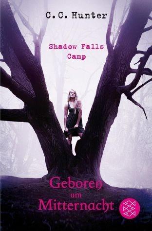 Broschiertes Buch »Geboren um Mitternacht / Shadow Falls Camp Bd.1«