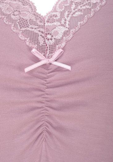 LASCANA Hochwertiges Nachthemd mit Spitze und Raffung
