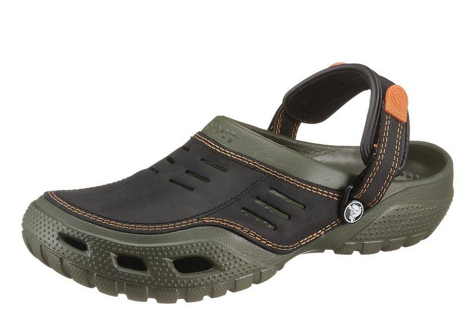 Crocs Clog mit Ledereinsatz in grün-schwarz