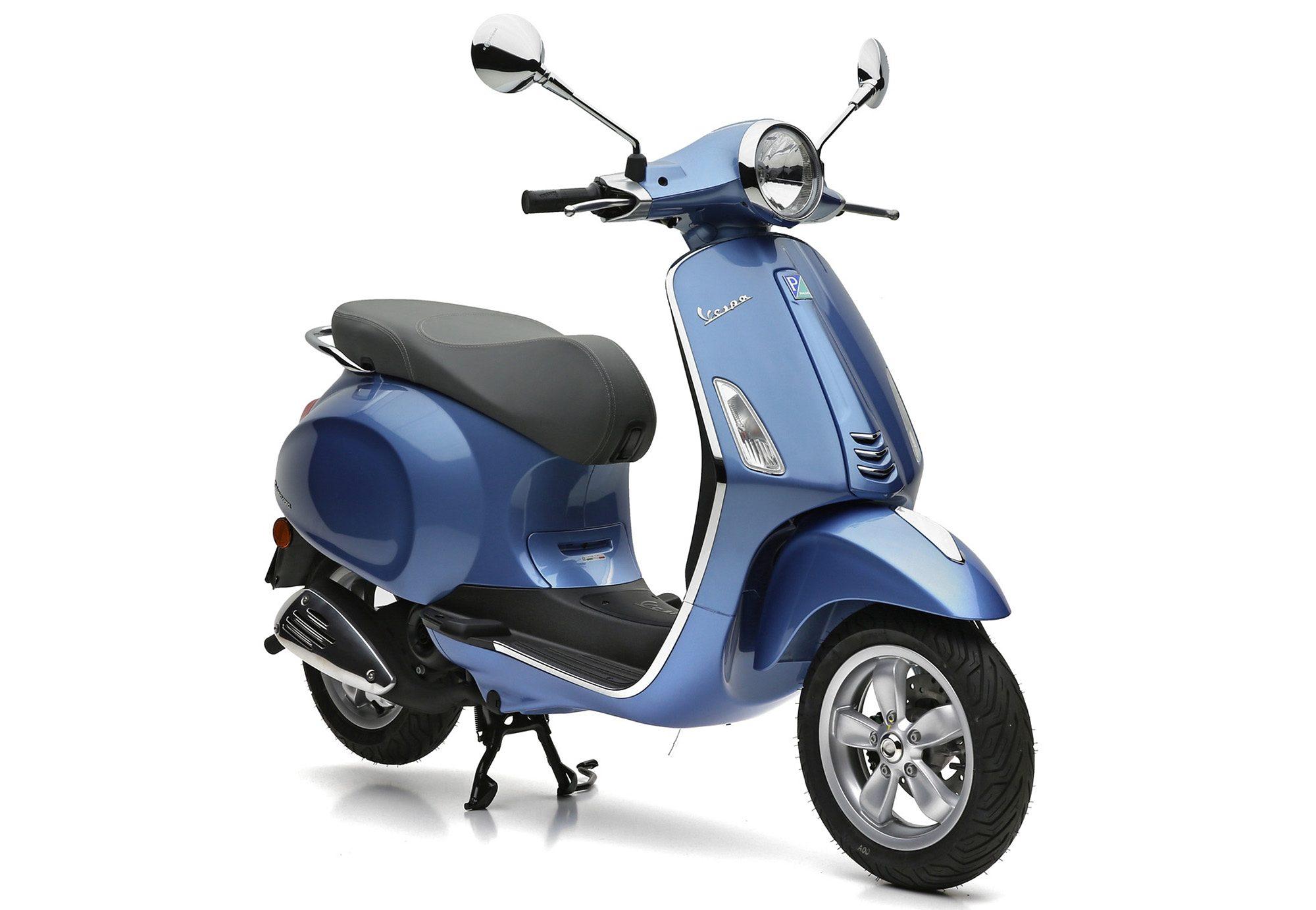 Mofaroller, 49 ccm, 4,35 PS, 25 km/h, hellblau, »Primavera«, Vespa