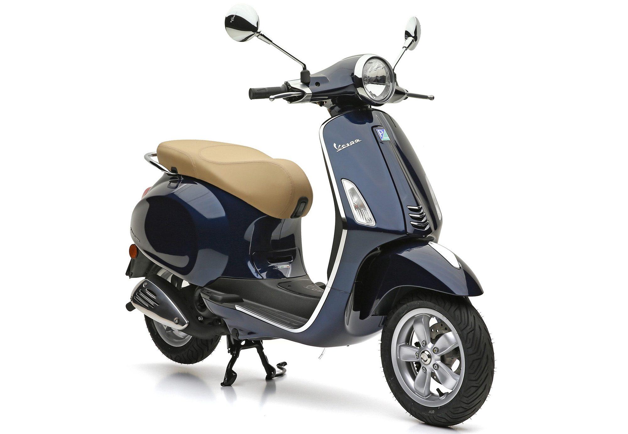 Motorroller, 49 ccm, 4,35 PS, 45 km/h, dunkelblau, »Primavera«, Vespa