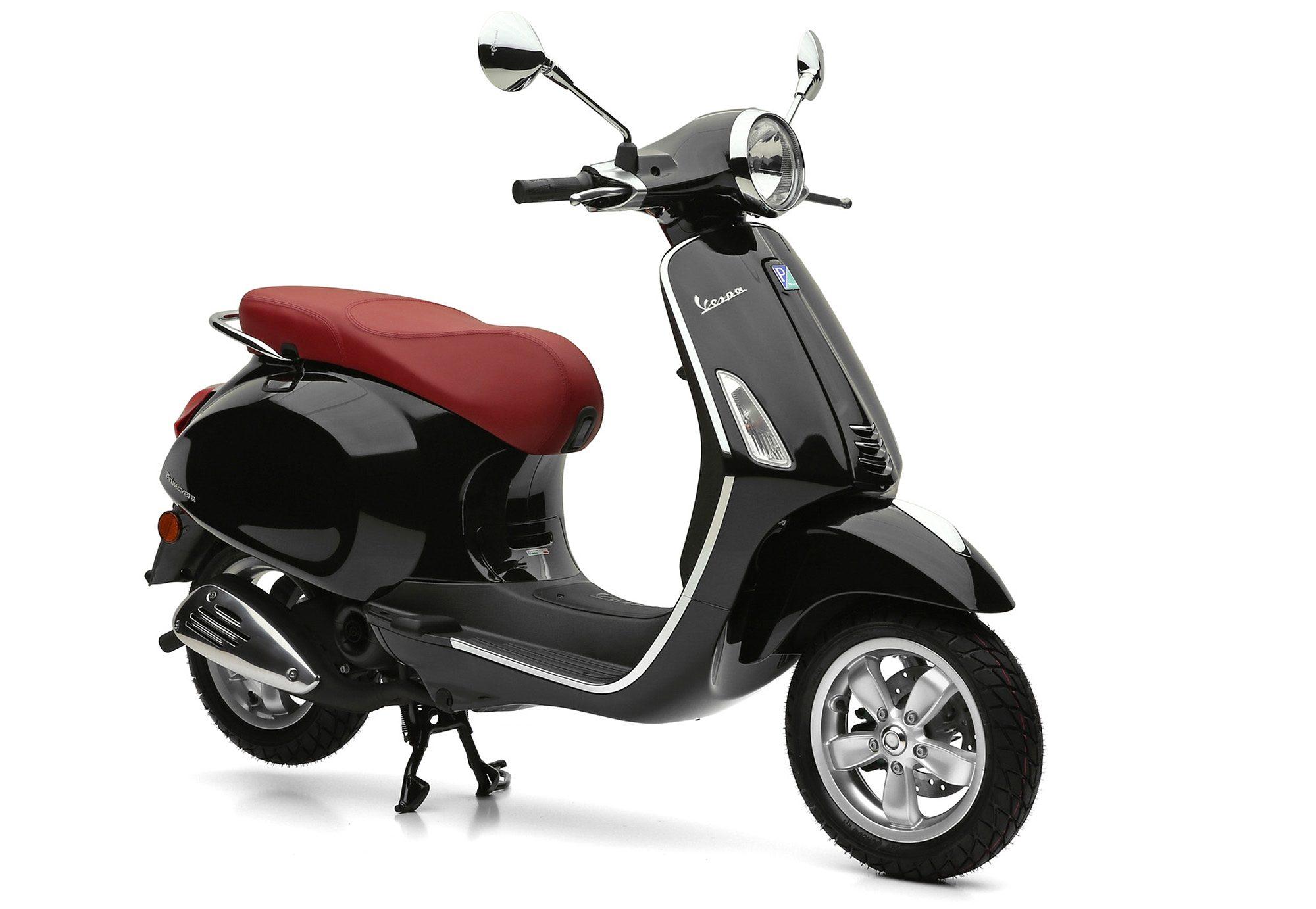 Motorroller, 49 ccm, 4,35 PS, 45 km/h, schwarz, »Primavera«, Vespa