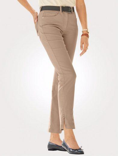 Mona 7/8-Jeans mit Reißverschluss am Beinabschluss