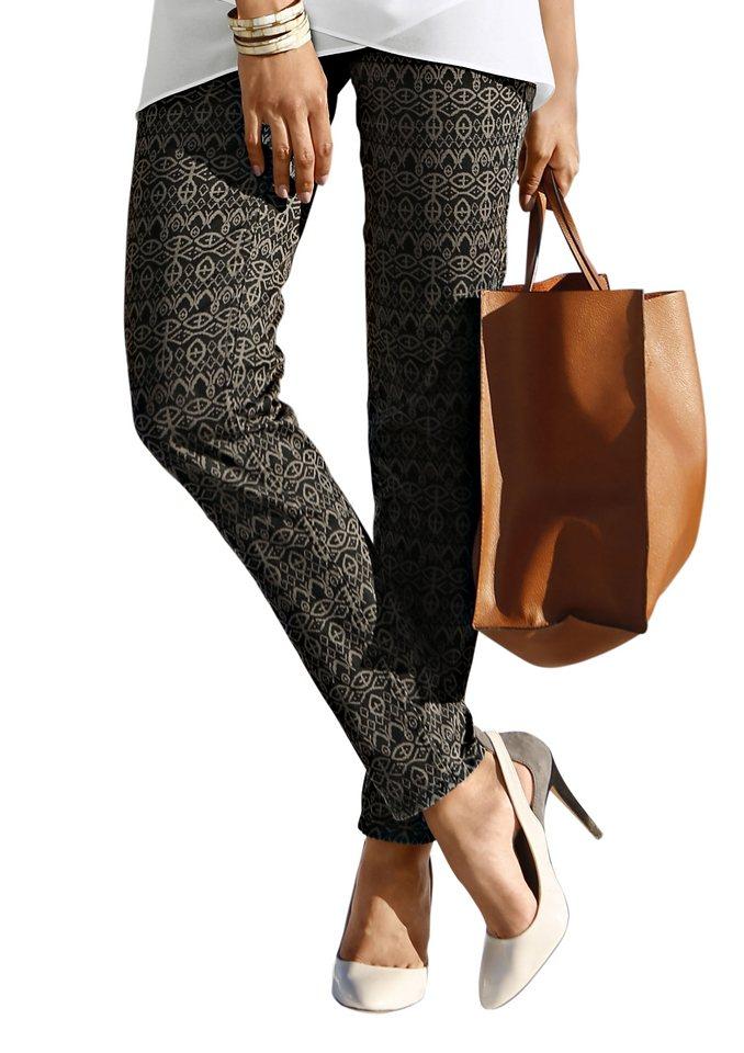 Création L Hose mit Nietenverzierung in khaki-bedruckt