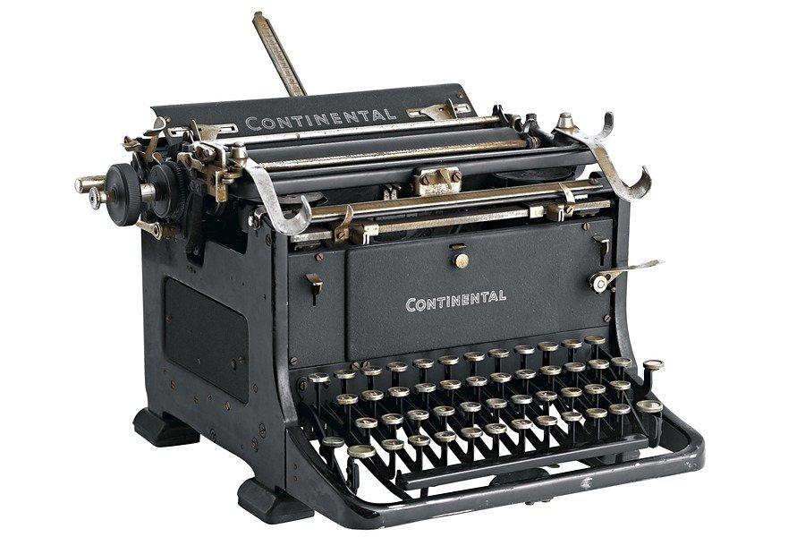 Schreibmaschine in schwarz