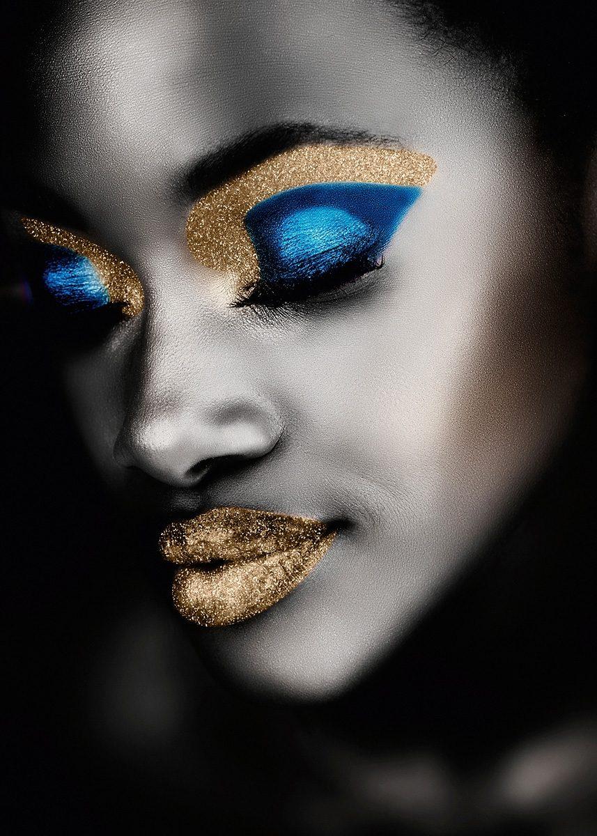 EUROGRAPHICS Leinwandbild mit Glitter »Black Beauty«, 55/75 cm