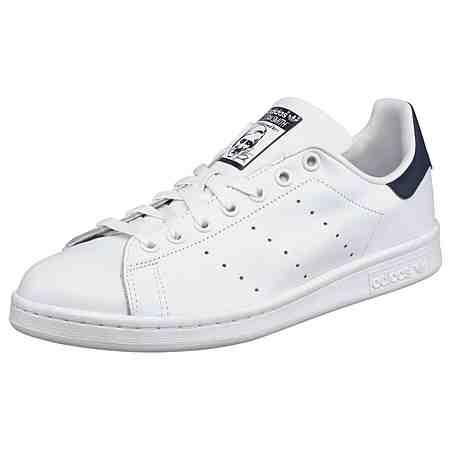 Sport: Trends & Themen: Black & White Sneaker