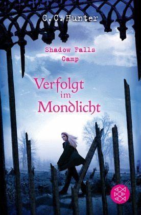 Broschiertes Buch »Verfolgt im Mondlicht / Shadow Falls Camp Bd.4«