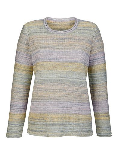 Dress In Pullover in Pastell-Farben
