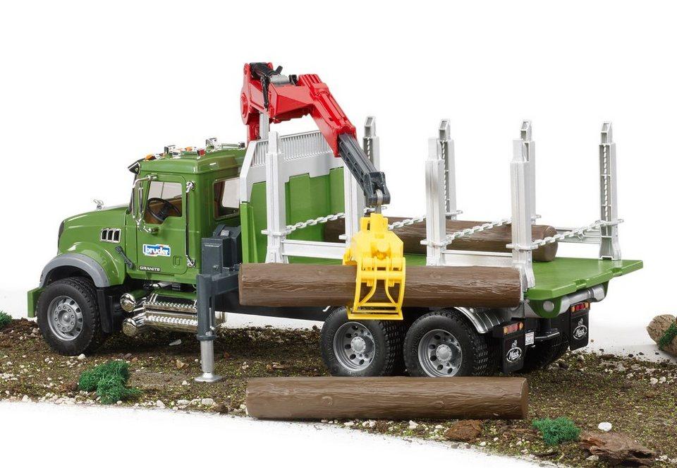 bruder® Holztranssport-LKW mit Ladekran, Greifen + 3 Baumstämme, »Mack Granite« in grün