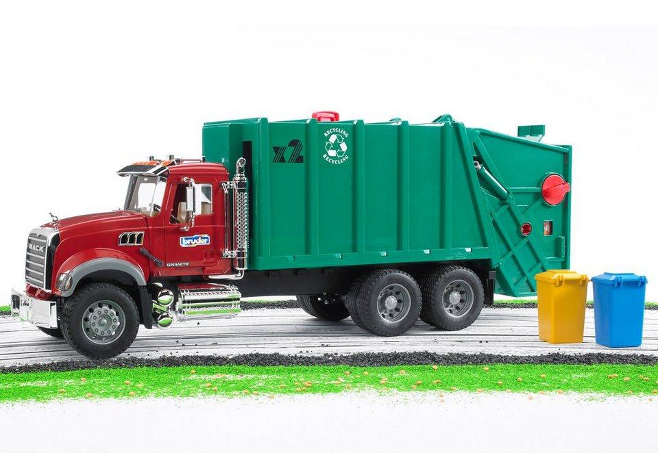 bruder® Müll-LKW, »Mack Granite« in grün