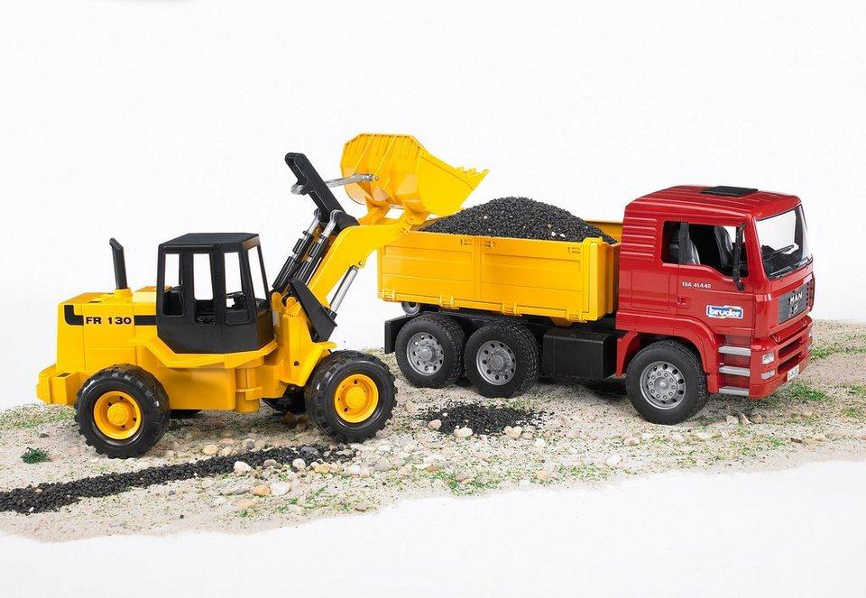 bruder® Fahrzeug-Set, »MAN TGA Kipplastwagen + Gelenkradlader FR 130«